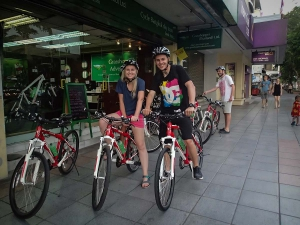 tajlandia bangkok grasshoppers adventures nocna wycieczka rowerowa daleko od domu