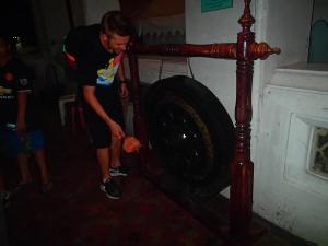 tajlandia bangkok grasshoppers adventures nocna wycieczka rowerowa gong