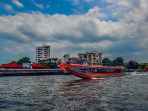 tajlandia bangkok rejs po rzece menam lodka