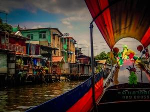 tajlandia bangkok rejs po rzece menam miasteczko na palach