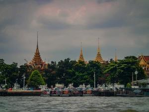 tajlandia bangkok rejs po rzece menam swiatynia