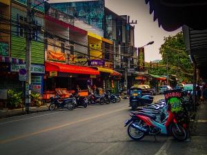 tajlandia chiang mai centrum skutery tuk tuk