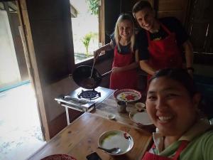 tajlandia chiang mai thai farm cooking school nauka gotowania farma selfie z benny