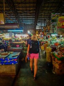 tajlandia chiang mai thai farm cooking school ruamchook market