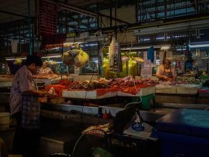 tajlandia chiang mai thai farm cooking school ruamchook market nauka gotowania stragany