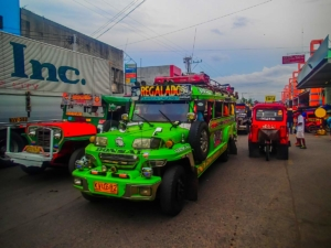 filipiny philippines cagayan de oro jeepney