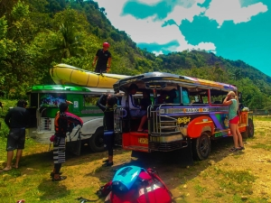 filipiny philippines cagayan de oro kagay whitewater rafting jeepney