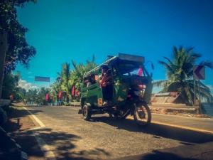 filipiny philippines camiguin tuktuk