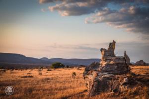 madagaskar madagascar isalo national park zachod slonca