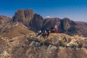 madagaskar madagascar mount chameleon trekking tsaranoro massif szczyt dron