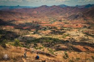 madagaskar madagascar mount chameleon trekking tsaranoro massif widok