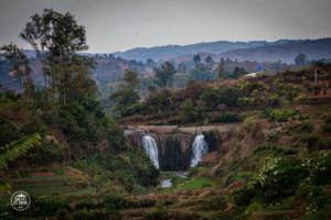 madagaskar madagascar pole ryzowe wodospad