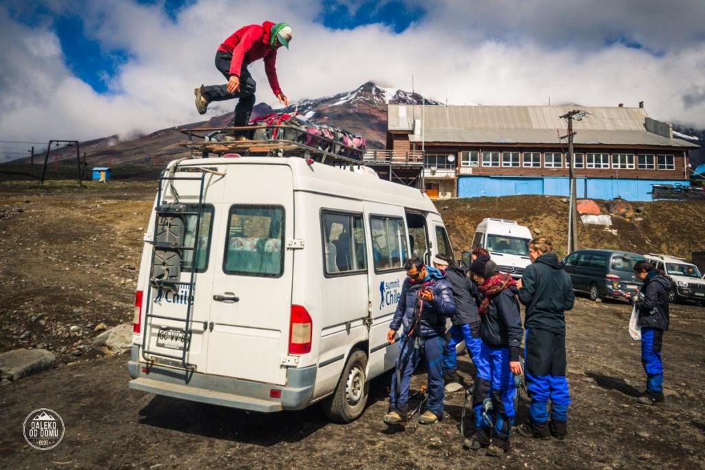 villarrica chile pucon trekking wulkan baza bus