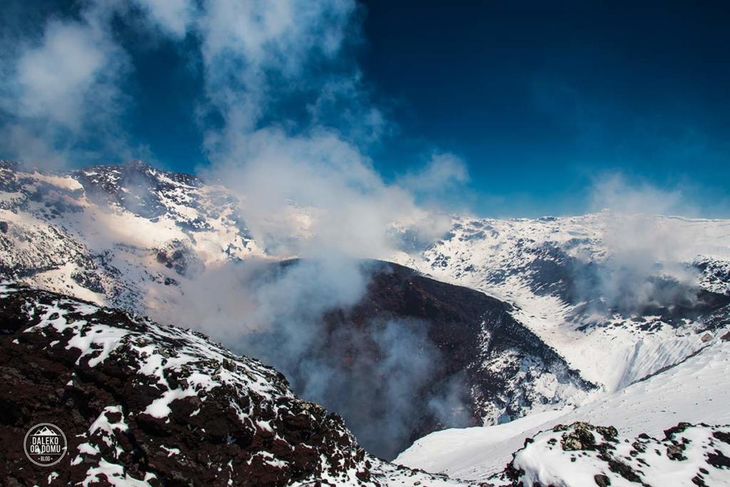 villarrica wulkan trekking chile pucon krater
