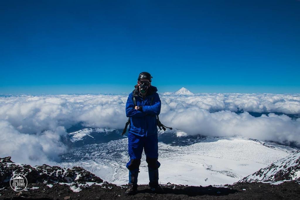 villarrica wulkan trekking chile summit chile pucon chmury