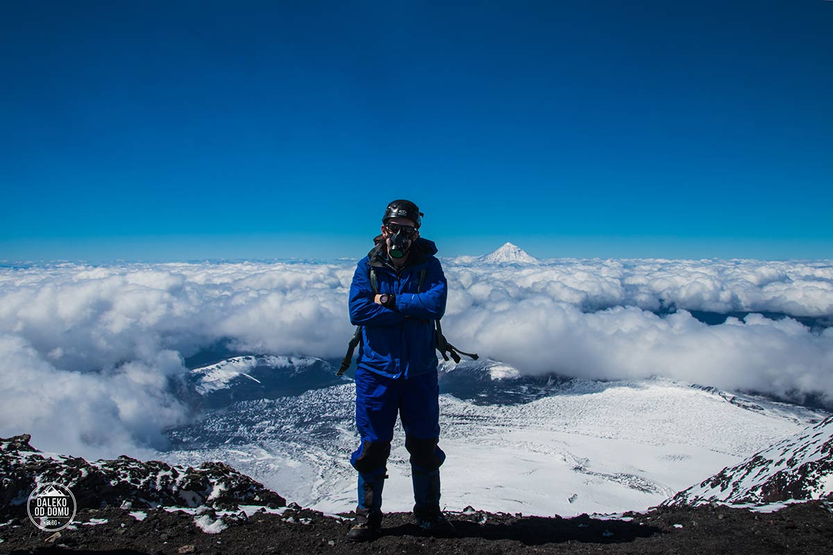 villarrica wulkan trekking chile summit chile pucon chmury