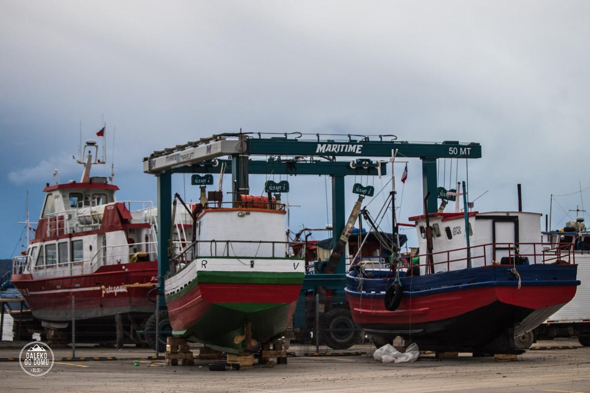 chile puerto natales port lodzie